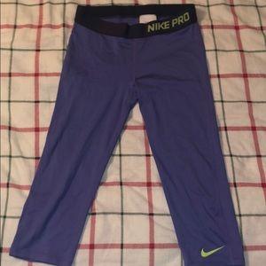 Cropped nike pro kids athletic leggings